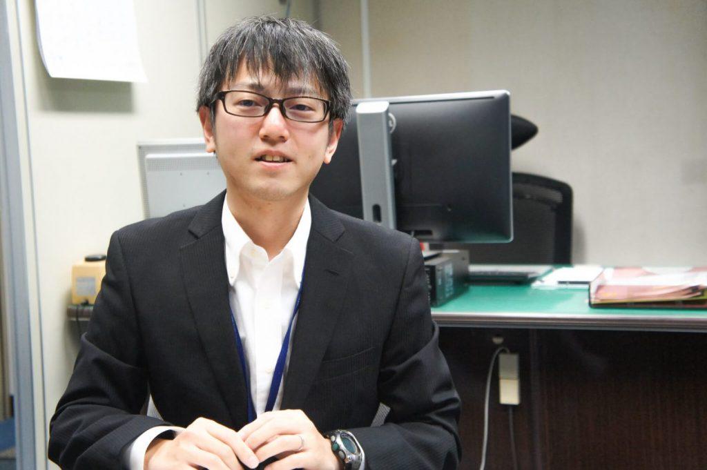 Daisuke Yokoyama in suit