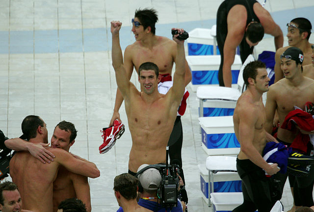640px-Michael_Phelps_wins_8th_gold_medal