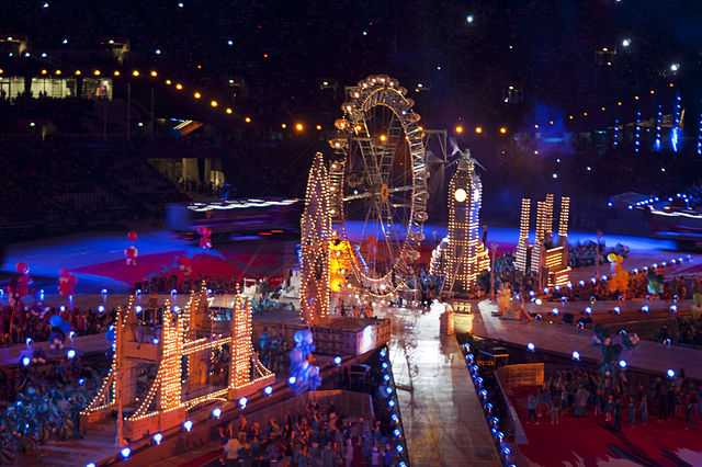 640px-Miniature_London_at_2012_Olympic_Closing_Ceremony